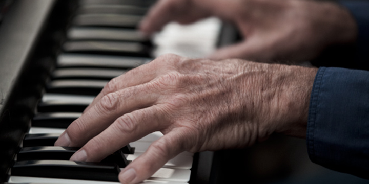 music therapy to avoid loneliness