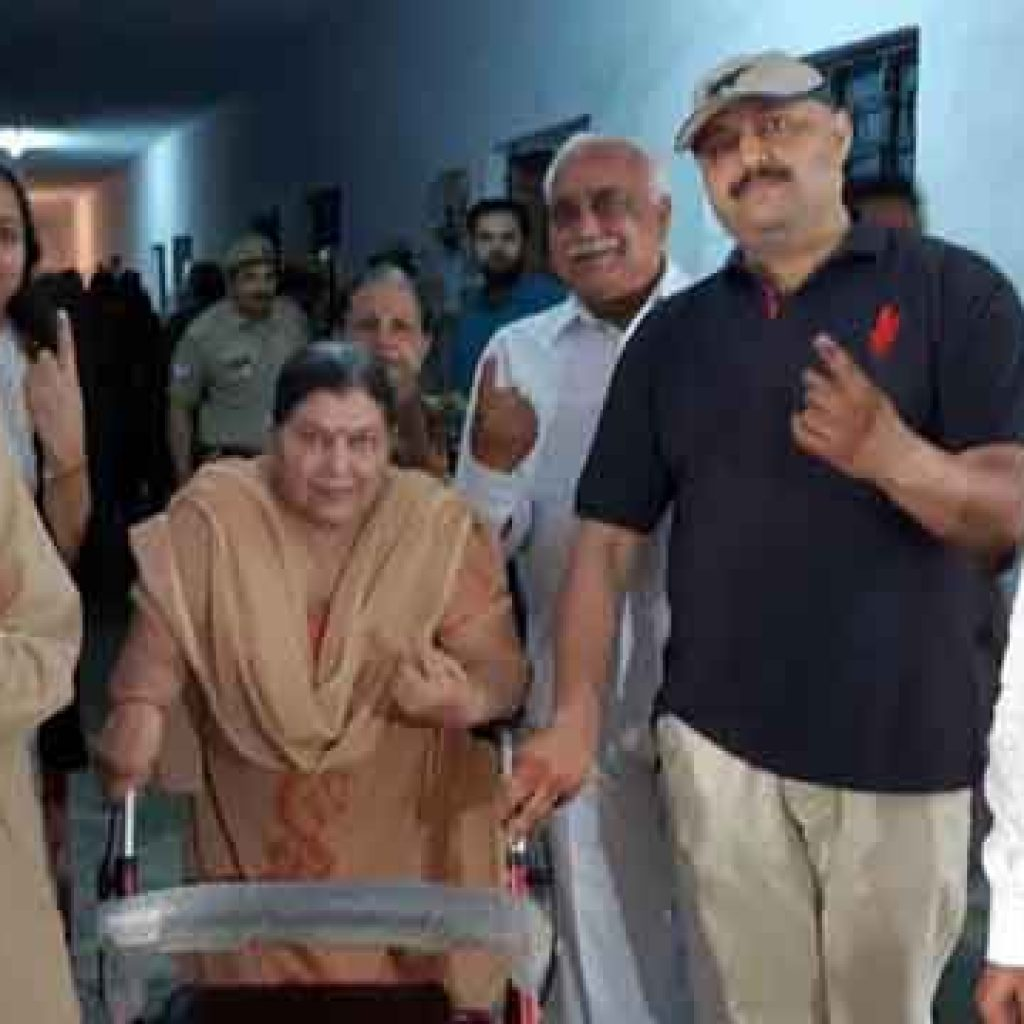 elderly voters in Lucknow