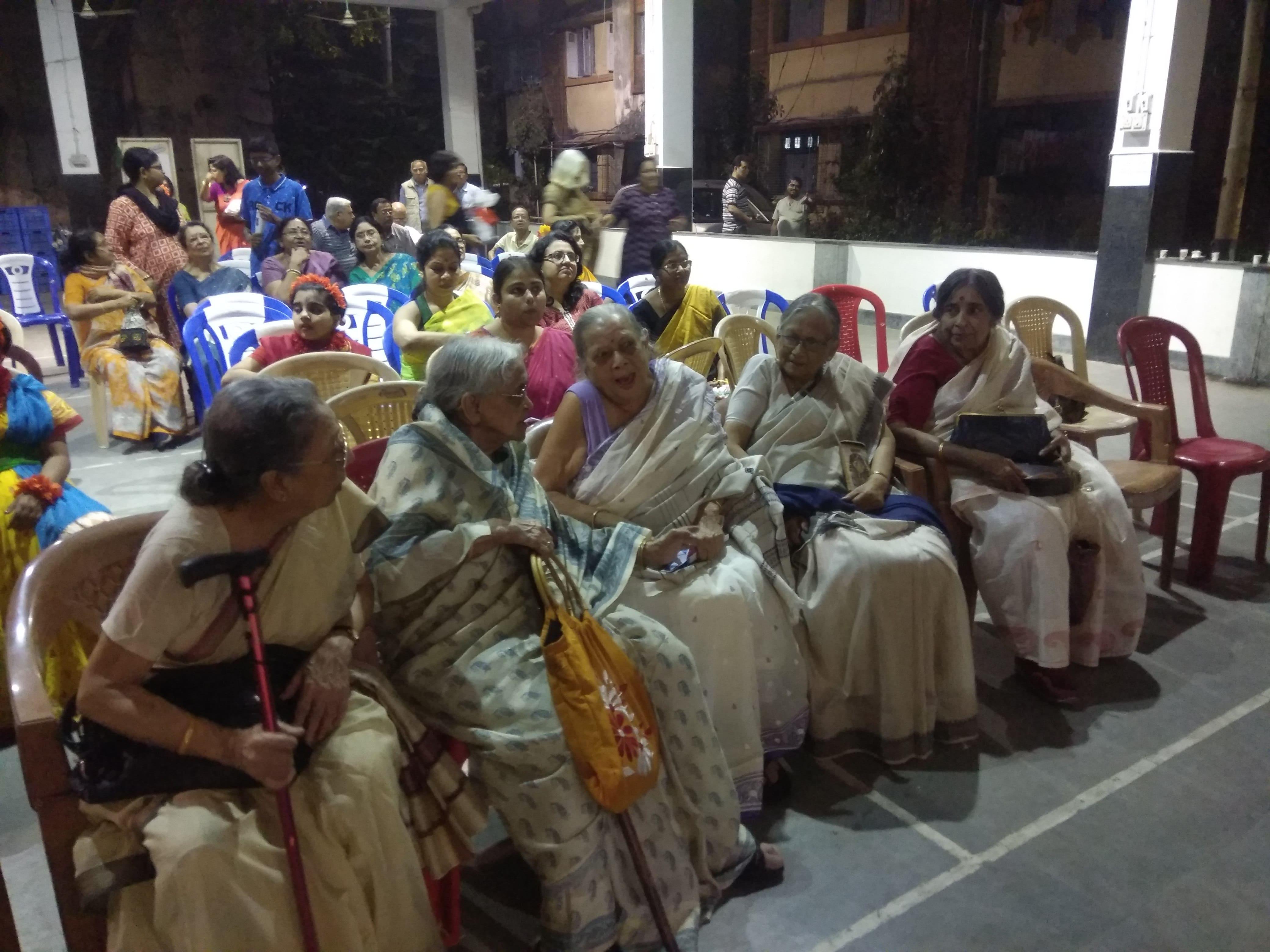 Seniors are enjoying the show